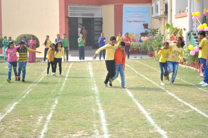 Pioneer Montessori School-Sports Day