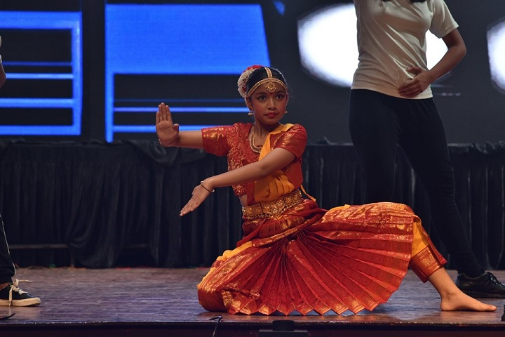 St Georges College-Traditional Dance