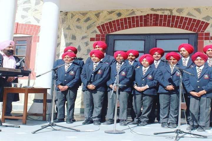 Guru Nanak Fifth Centenary School - Singing