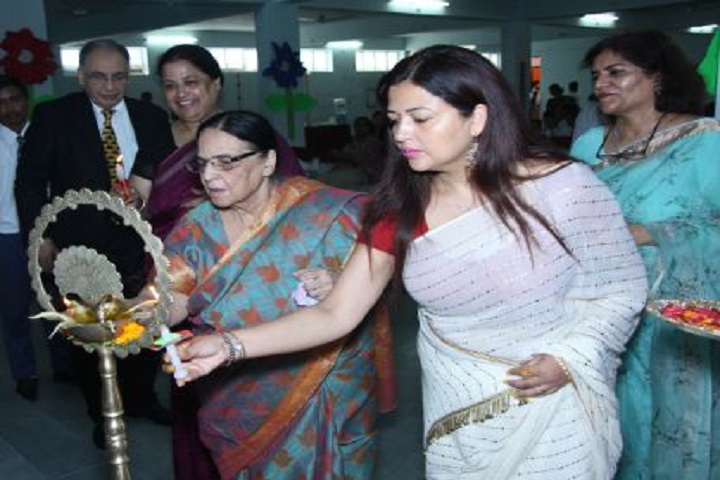 Bala Hissar Academy-Lighting The Lamp