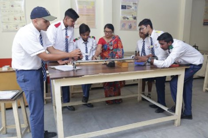 Bala Hissar Academy-Physics Lab