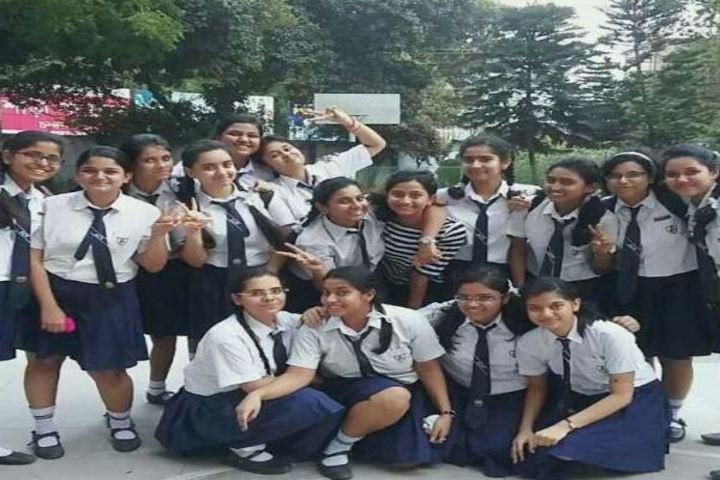Auxilium Convent School-Students