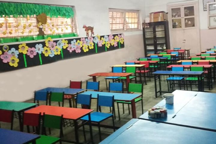 Calcutta Boys School-Classroom