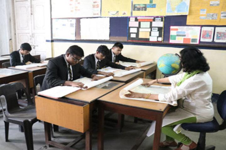 La Martiniere For Boys-Geography Room