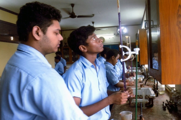 St Joseph And Marys School-Chemistry Lab