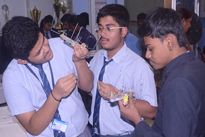 St Joseph And Marys School-Science Activity