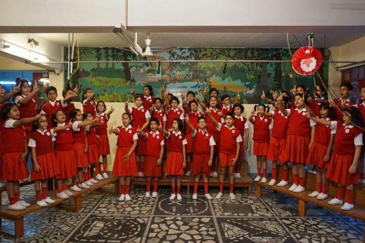 Dolna Day School-Students