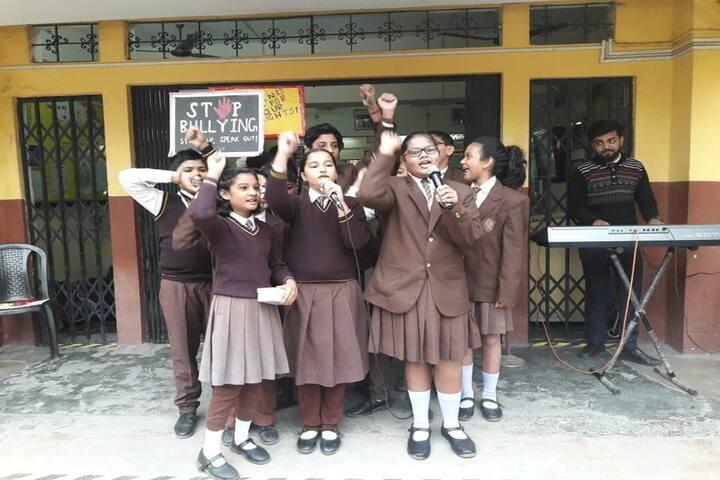 Julien Day School-Singing