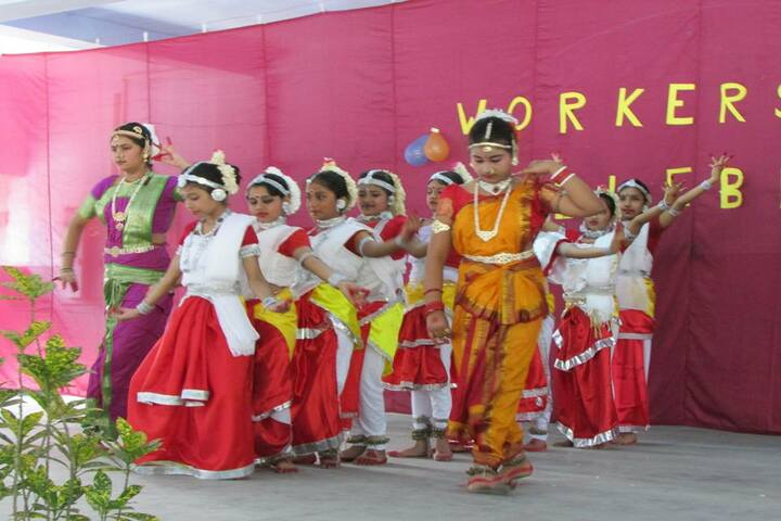 Holy Child School-Traditional Dance