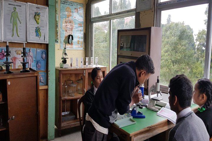 Camellia School-Biology Lab