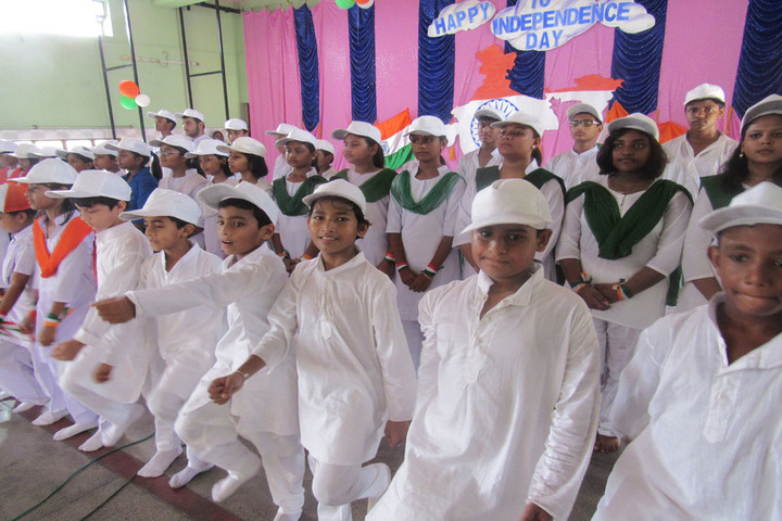 Holy Family School-Independence Day