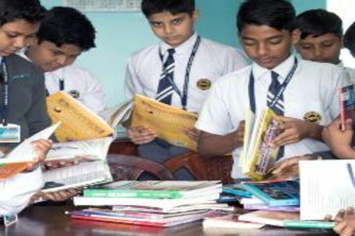 Familia School-Library