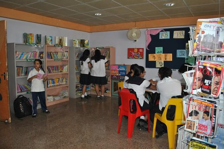 Choithram International-Library