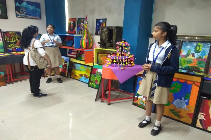 D Y Patil International School-Craft