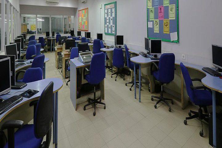 JG International School-Computer Lab