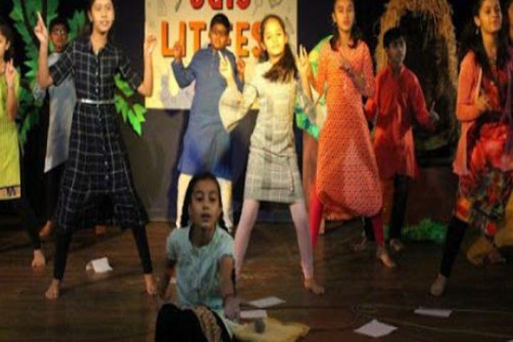 JG International School-Dance
