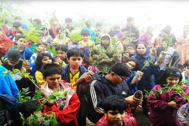 Matushri Kashiben Vrajlal Valia International Vidyalaya-Tree Planting