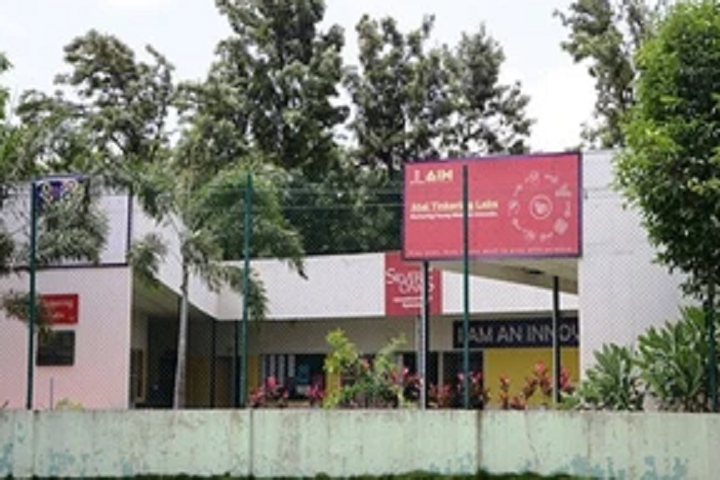 Silver Oaks International School-Atal Thinking Lab