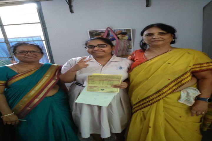 Maharani Girls High School-Result