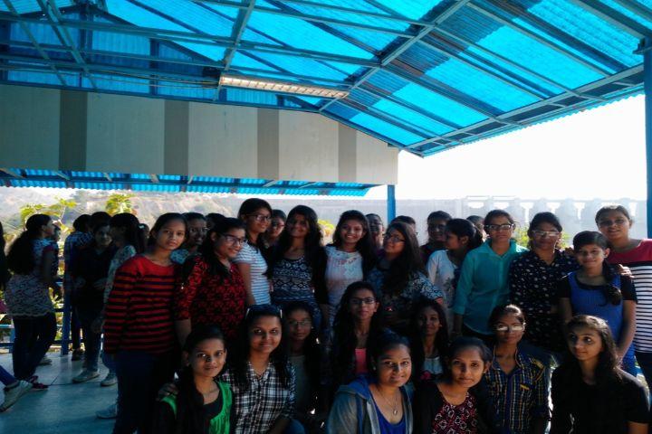 Maharani Girls High School-Trip