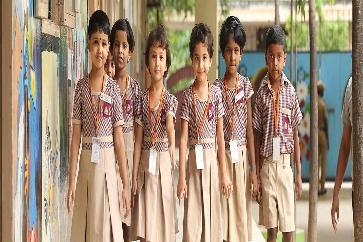 Velammal Matriculation Higher Secondary School-Uniform