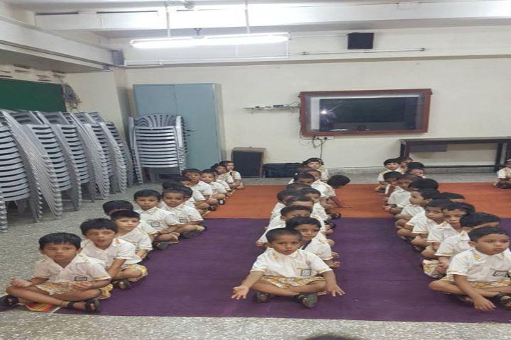 Mahindra Academy-Kidz Yoga