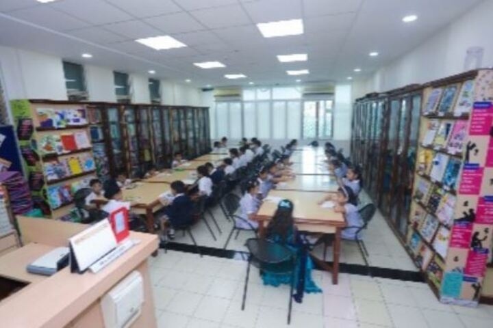 Utpal Shanghvi Global School-Library