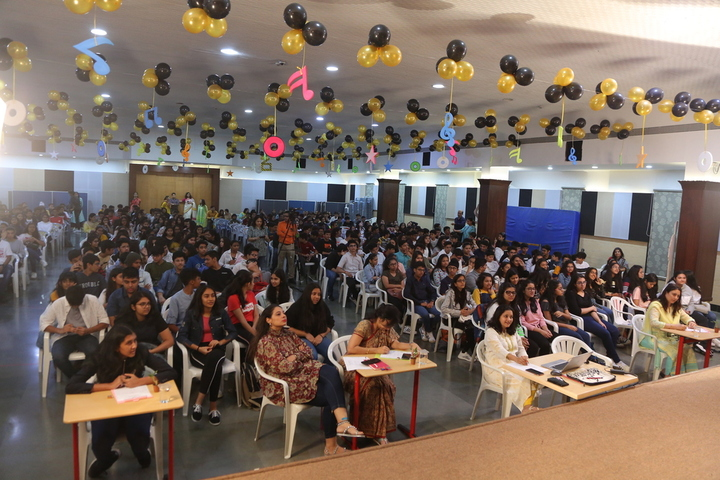 Utpal Shanghvi Global School-Quiz Competition