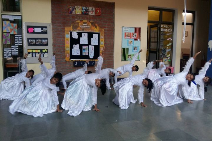 The Riverside School-Dance