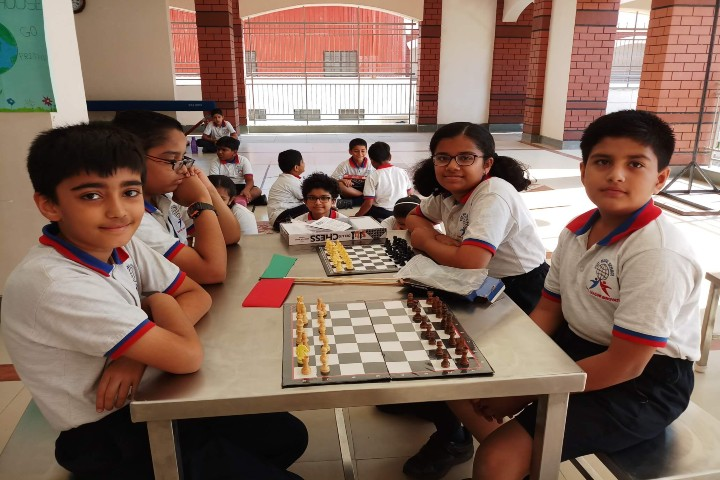 PICT Model School-Chess Competition