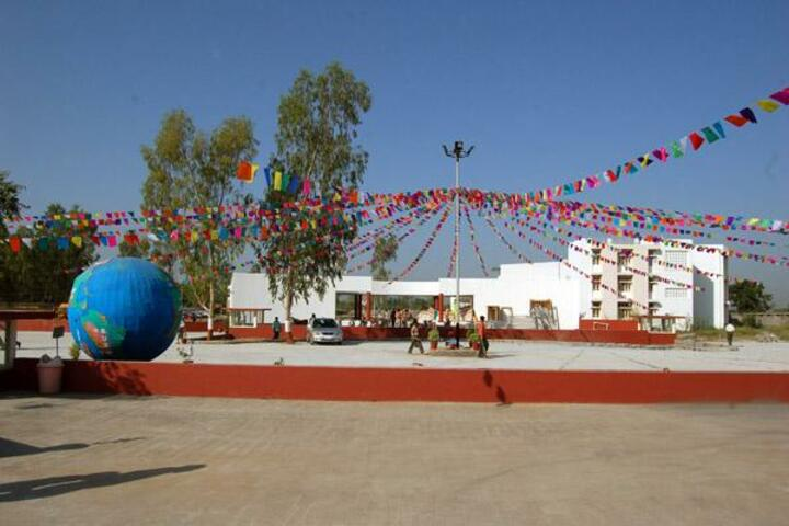 BAPS Swaminarayan Vidyamandir-Play Ground