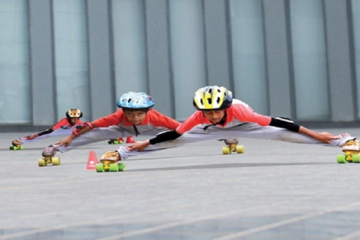 The White School International-Skating