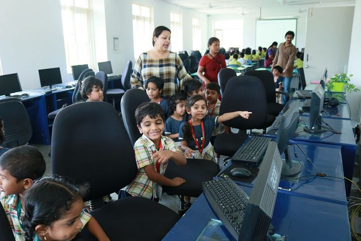 Epistemo Vikas Leadership School-Computer Lab