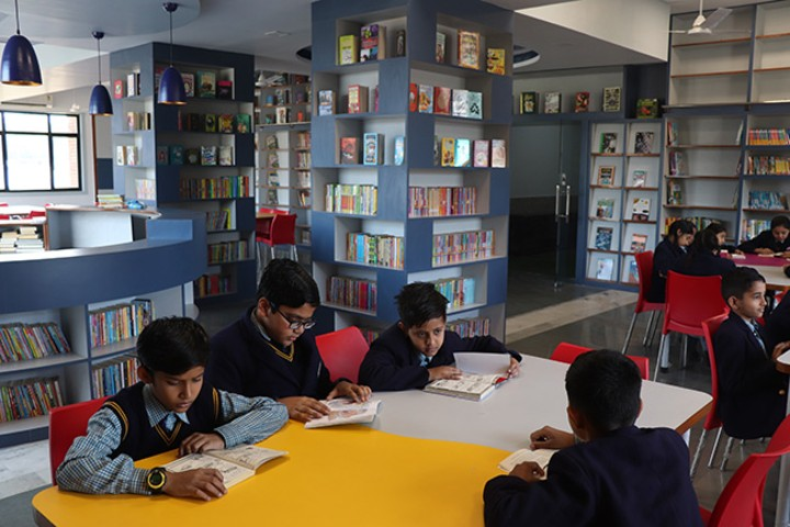Allenhouse Public School-library1