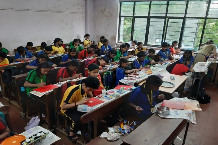 Vivek Vidyalaya and Junior College-Classroom