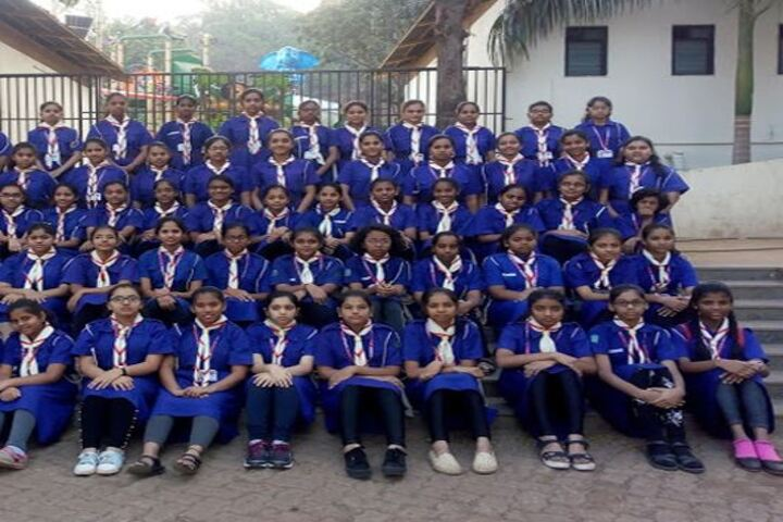Vivek Vidyalaya and Junior College-Group Photo