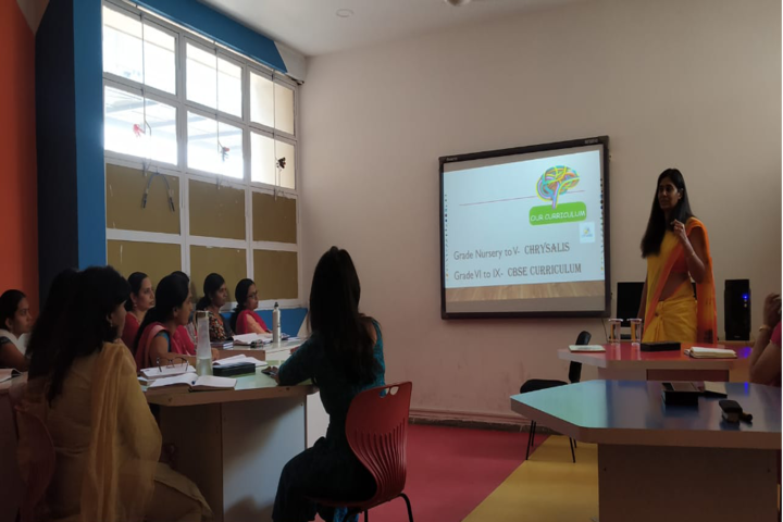 AVN Vida International School-Seminar