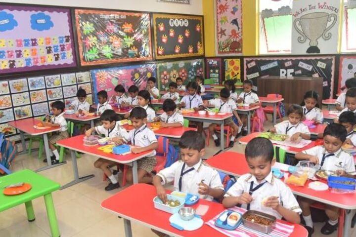 Kudila Govindram Seksaria English School-Cooking Activity