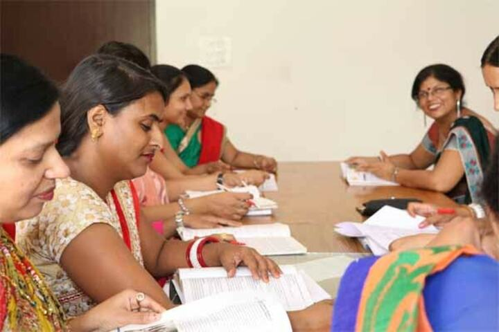 VSI International English Medium School-Training Classes For Staff