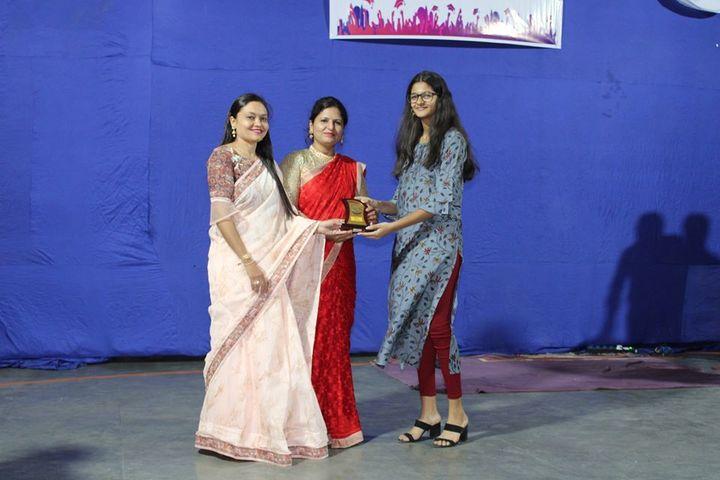 Shardayatan School-Prizes