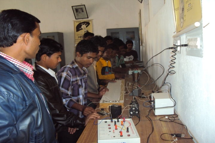 Government Model Higher Secondary School-Laboratory