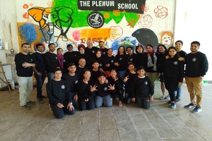 The Plenum School-Group Photo