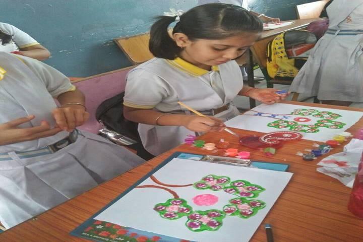 Hasdeo Public School-Art-Craft