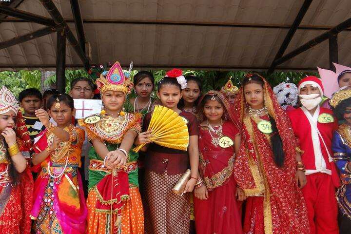 Holy Cross Convent Senior Secondary School-Fancy Dress Competition