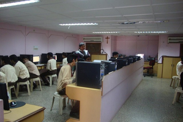 Holy Cross Senior Secondary School-Computer-Lab