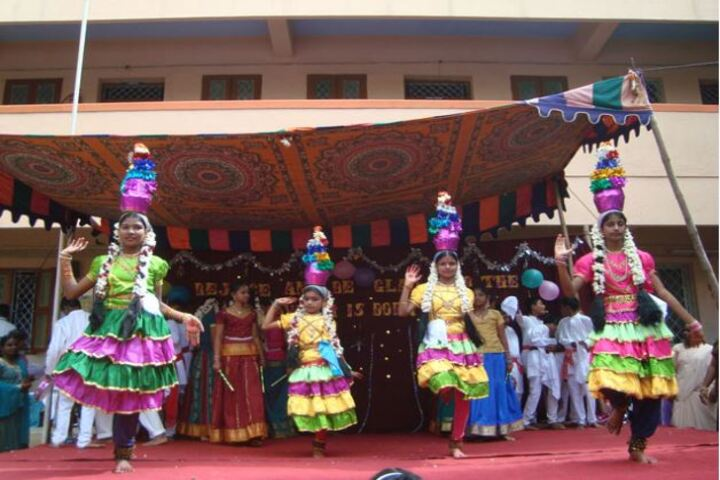 Annai Velankanni Matriculation Higher Secondary School-Cultural Dance