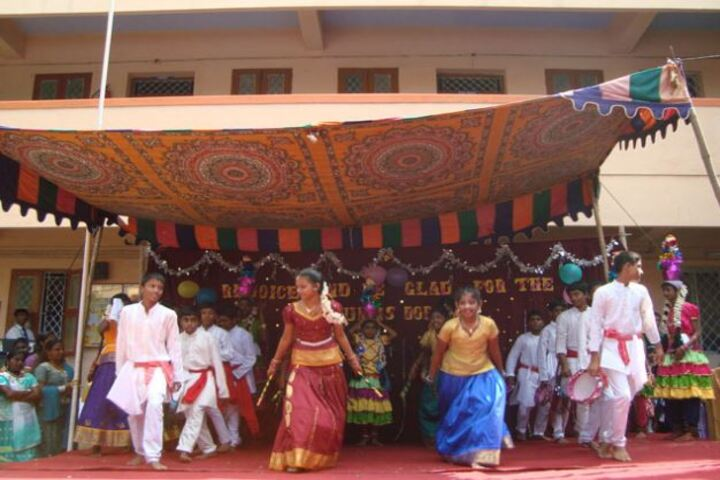 Annai Velankanni Matriculation Higher Secondary School-Dance