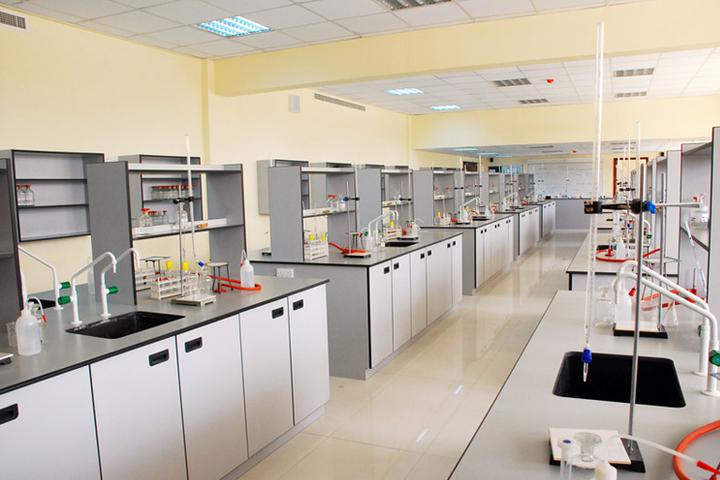 JP International School-Chemistry-Lab