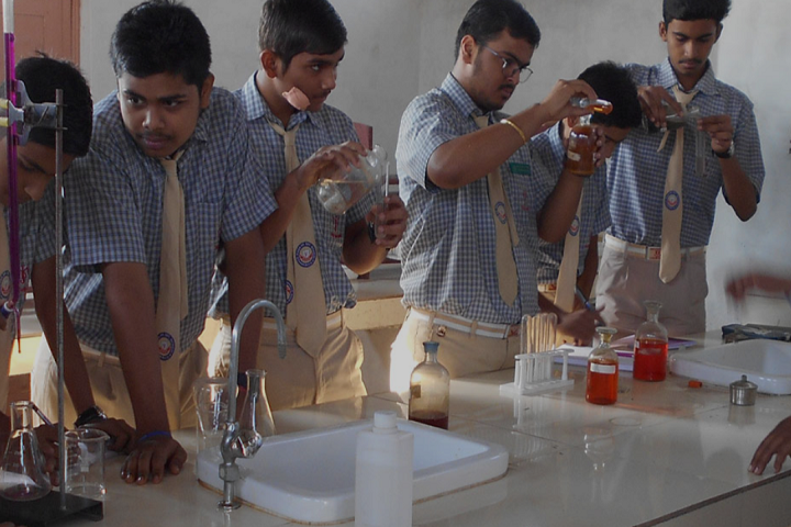 Jatan Devi Daga Higher Secondary School-Lab