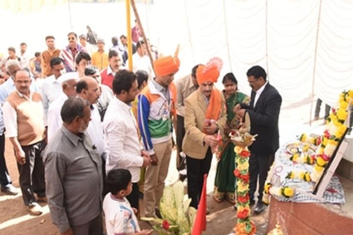 KK Wagh Vidyabjavan and Junior College-Lighting The Lamp